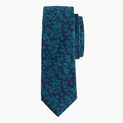 English silk tie in contrast floral