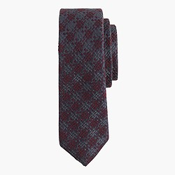 Italian wool-silk tie in houndstooth