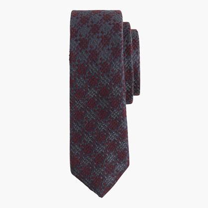Italian wool-silk tie in houndstooth
