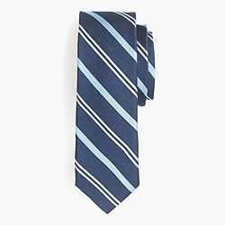 English silk tie in navy multistripe