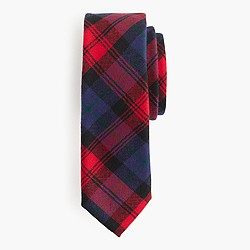 English wool tie in red tartan