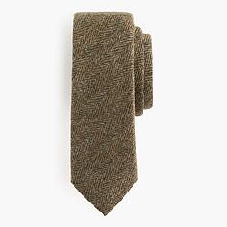 English wool tie in herringbone