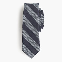 English wool-silk tie in woven stripe