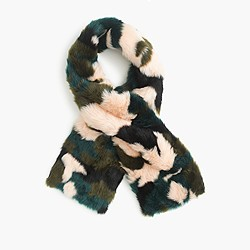 Collection faux-fur camo scarf
