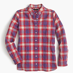 Shrunken boy shirt in red weekend plaid