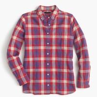 Shrunken boy shirt in red weekend plaid