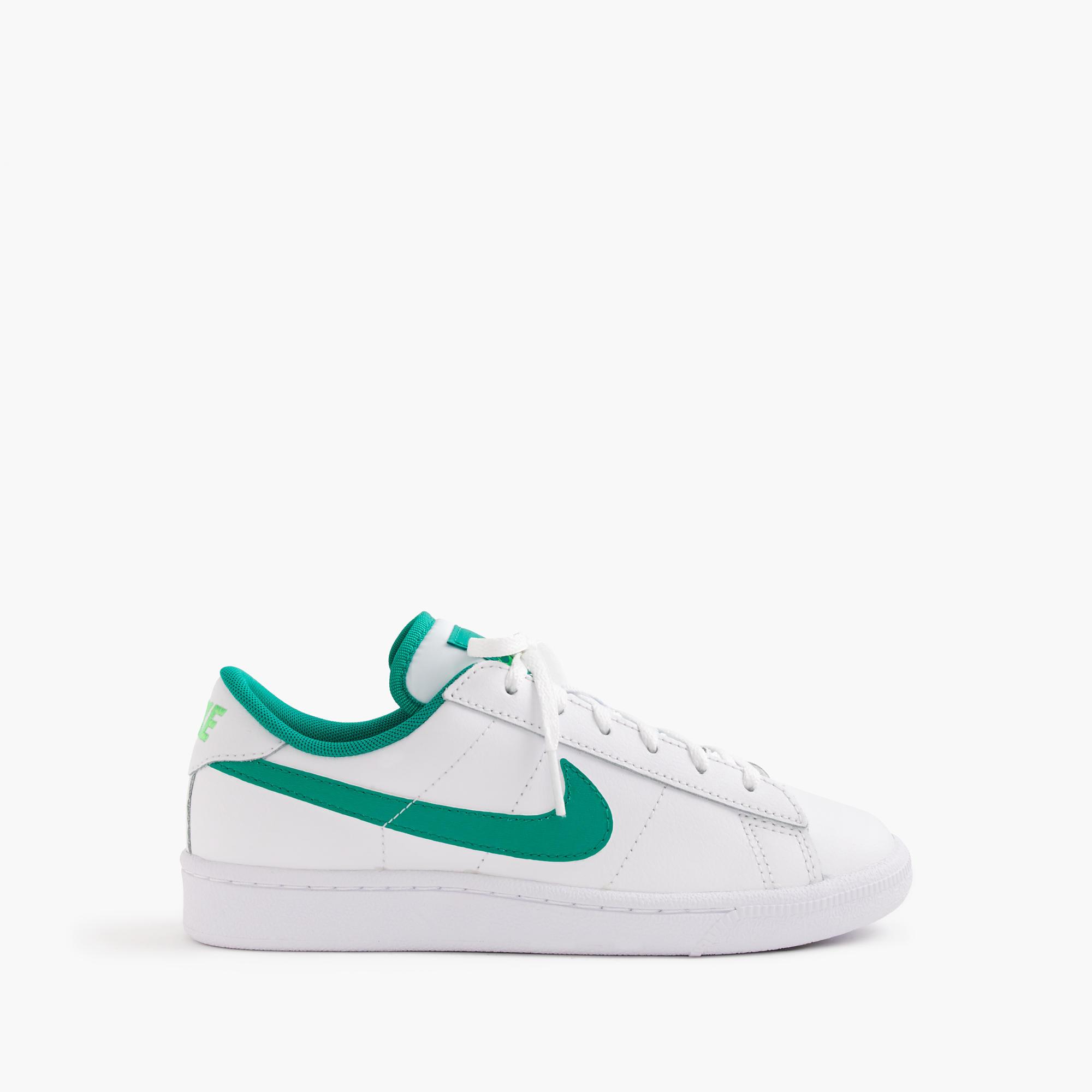 Kids nike tennis shoes