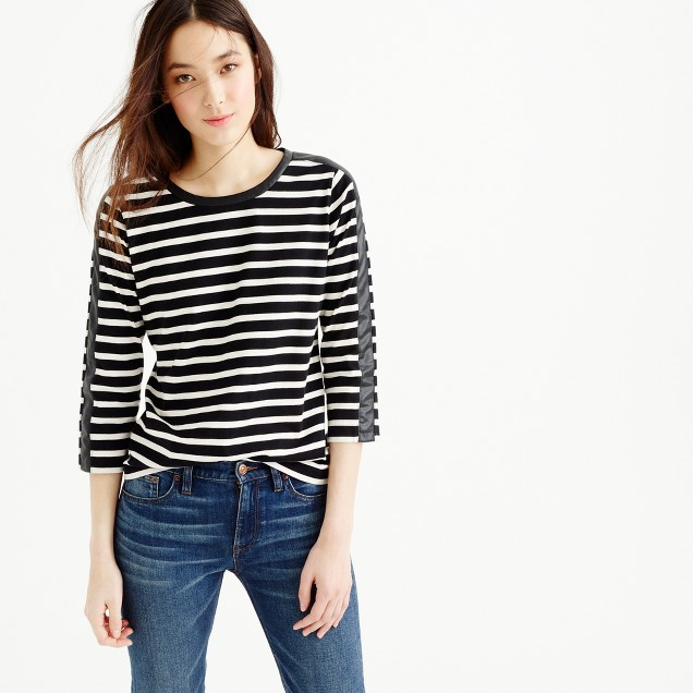 Striped T-shirt with back zipper