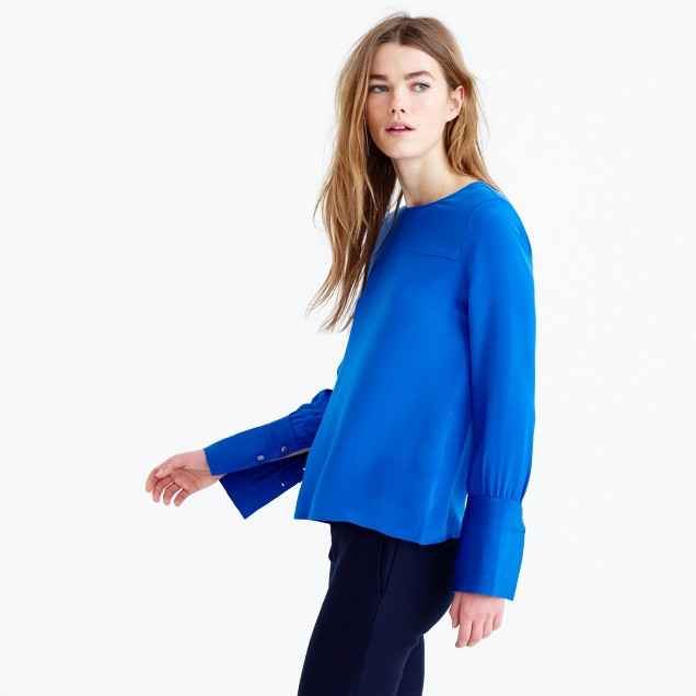 Collection silk top with stitching
