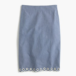 Scalloped skirt with grommets