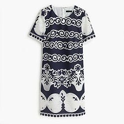 Short-sleeve shift dress in ornate lace