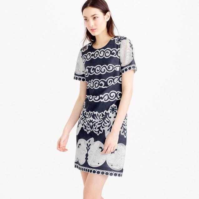 Petite short-sleeve shift dress in ornate lace