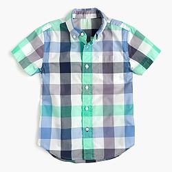 Boys' short-sleeve Secret Wash shirt in blade green gingham