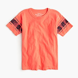 Boys' T-shirt in neon stripe