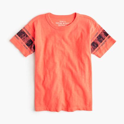 Boys' T-shirt in neon stripe