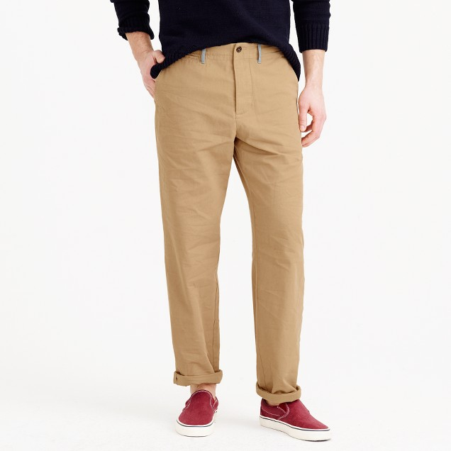 Wallace & Barnes relaxed-fit military chino pant in Italian cotton