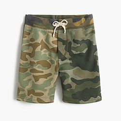 Boys' pull-on sweatshort in camo combo