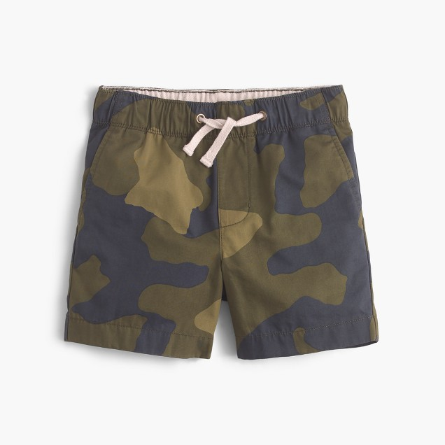 Boys' dock short in camo