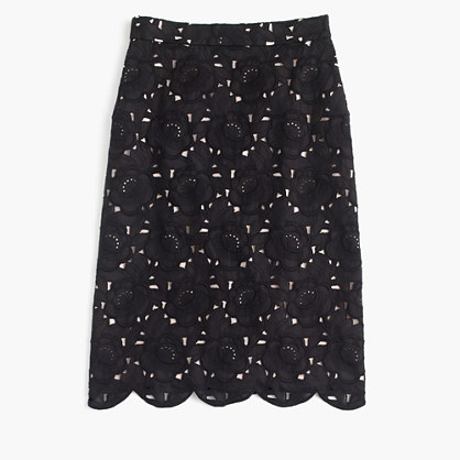 Collection pencil skirt in Austrian lace