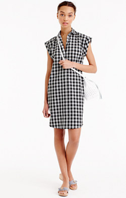 Classic short-sleeve shirtdress in gingham