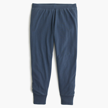 Garment-dyed cropped sweatpant