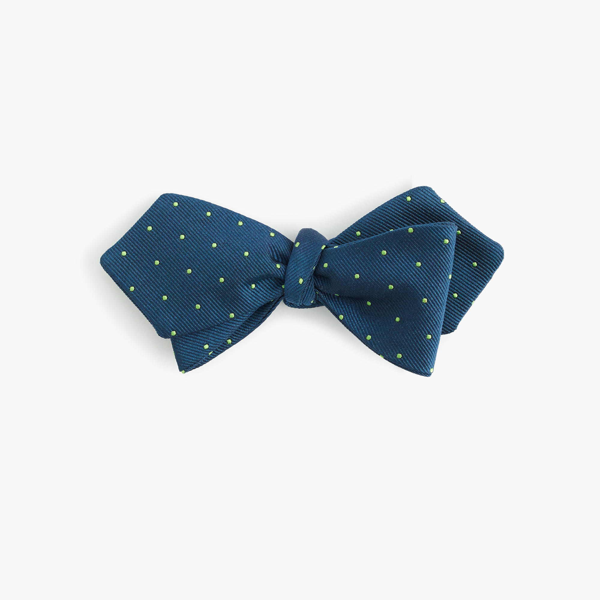 Express offers the latest colors, patterns, and styles for ties & bow ties, so find your favorites and be the best dressed at any party. These ties can be dressed up or .