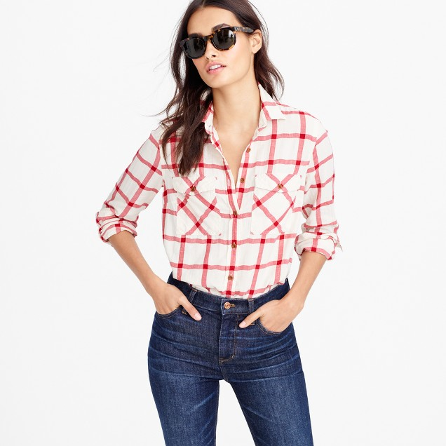Boyfriend shirt in vintage red plaid