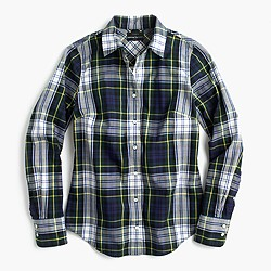Perfect shirt in navy Stewart plaid
