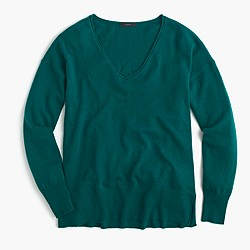 V-neck swing sweater