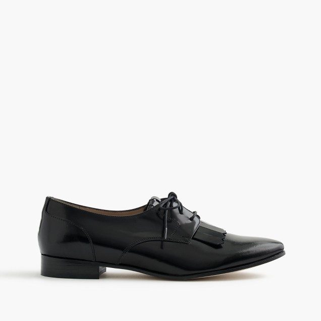 Leather oxfords with fringe