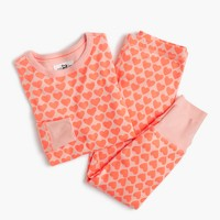 Girls' pajama set in heart print