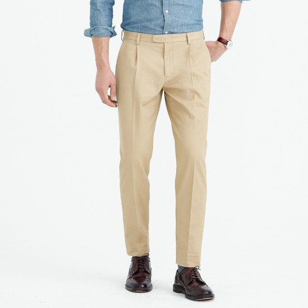 Bowery pleated chino