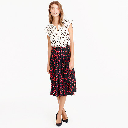 Petite pleated midi skirt in cherry print