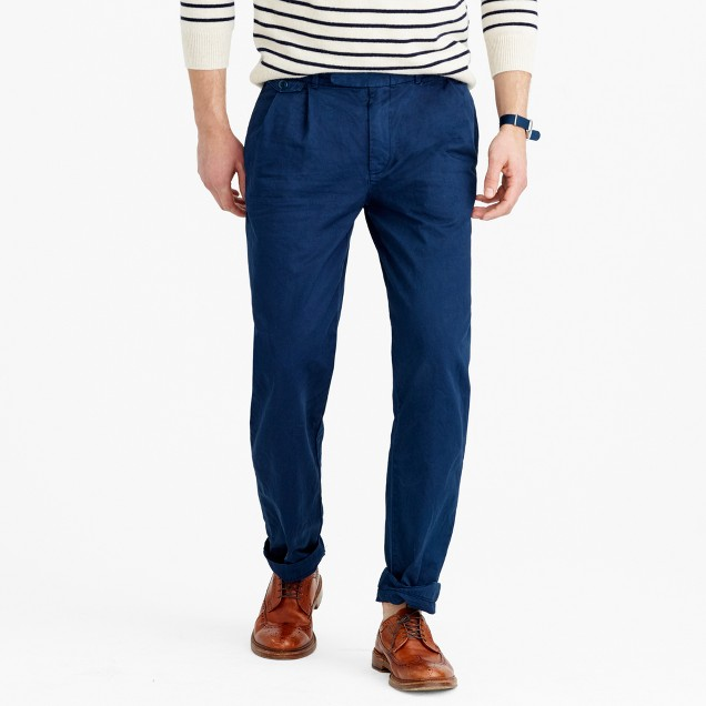 Wallace & Barnes double-pleated relaxed-fit military chino pant