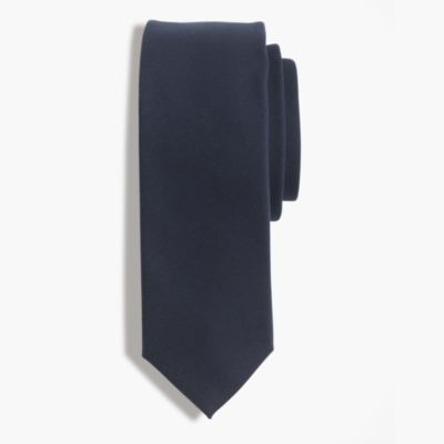 American wool tie in classic navy