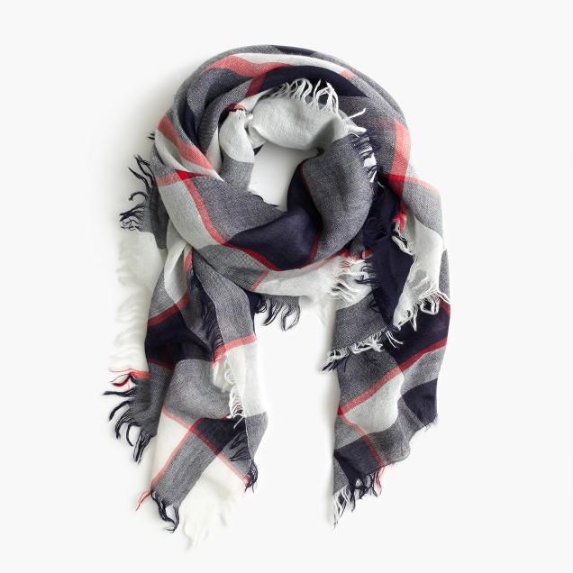 Woven plaid scarf
