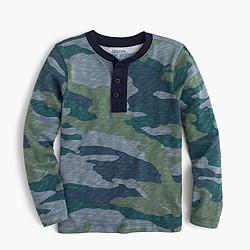 Boys' long-sleeve henley T-shirt in camo