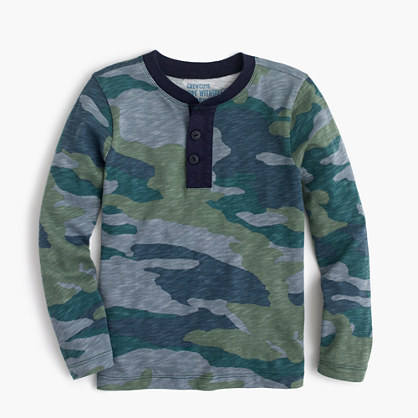 Boys' long-sleeve henley T-shirt in camo