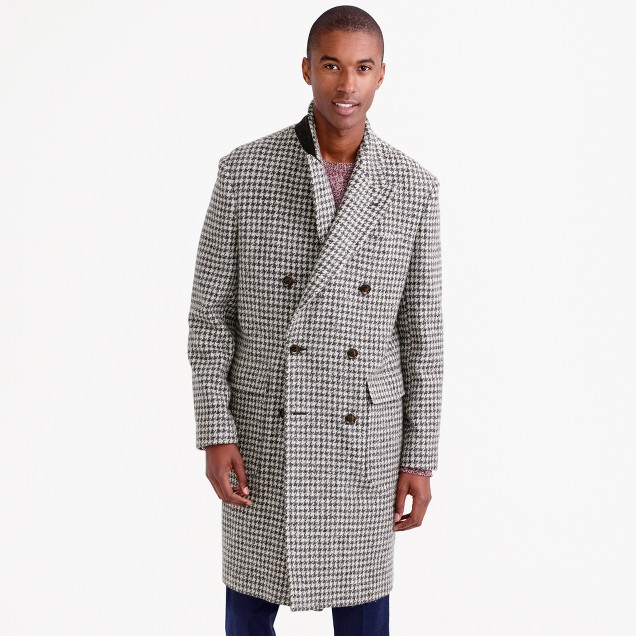 Topcoat in oversize houndstooth Irish wool