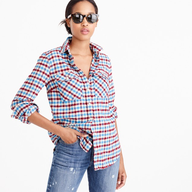 Boyfriend shirt in crimson petal plaid