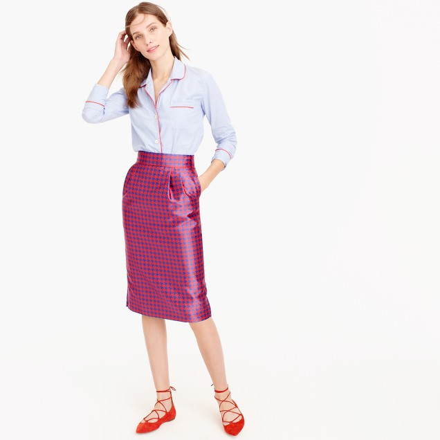 Pintucked pencil skirt in houndstooth jacquard