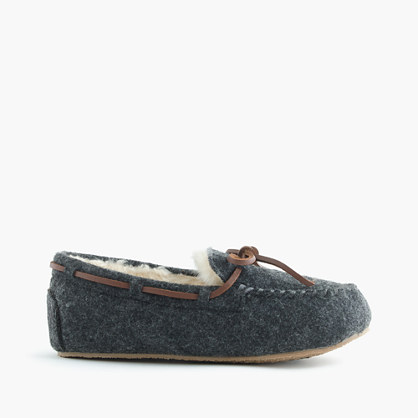 Kids' shearling lodge moccasins in wool