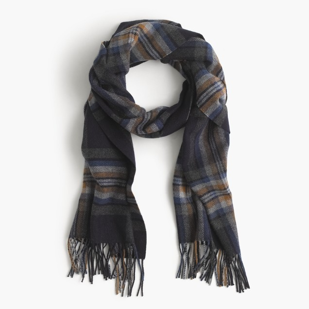 Wool scarf in navy plaid