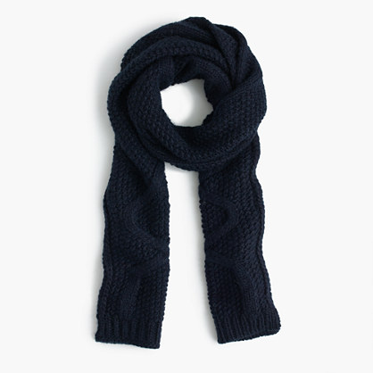 Cable scarf in Italian wool blend