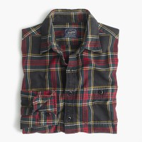 Slim midweight flannel shirt in black-and-red tartan