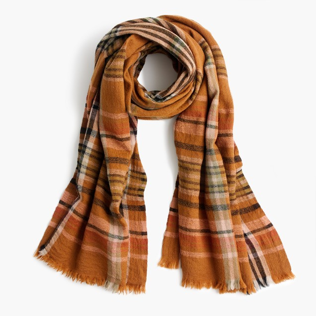 Wool scarf in plaid