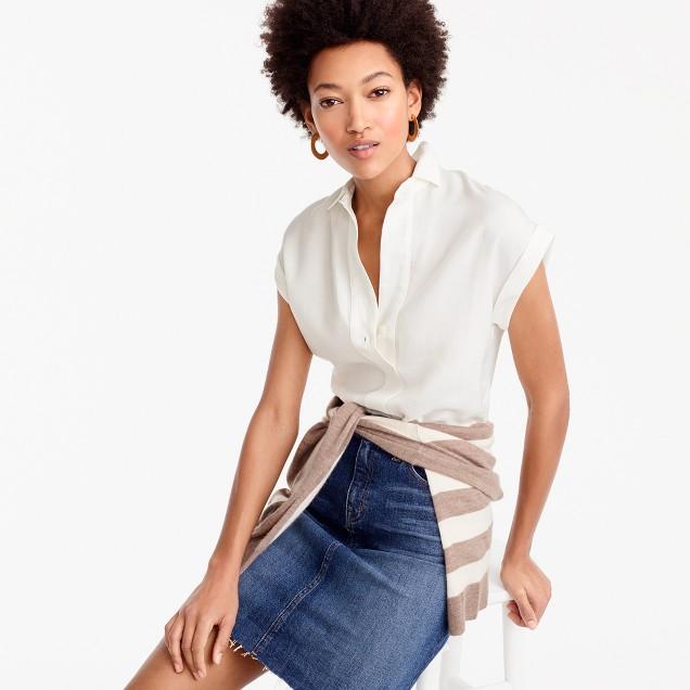 Short-sleeve popover in drapey oxford