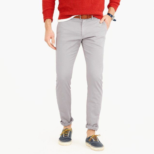 Lightweight garment-dyed stretch chino pant in 484 fit