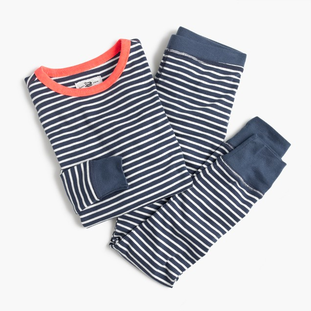 Kids' pajama set in classic stripes