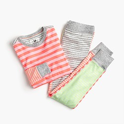 Girls' pajama set in bright stripes
